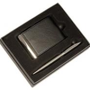 Визитница и ручка в подарочной упаковке