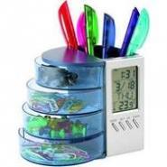 Подставка под ручки и канцелярские принадлежности с часами, датой и термометром